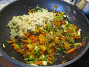 gemeinsamvital Wokgemüse mit quinoa