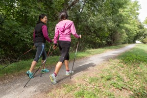 gemeinsamvital - nordic walking rückenansicht